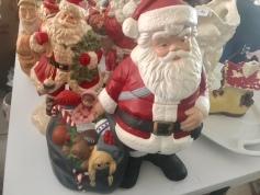 Tons of Santas!